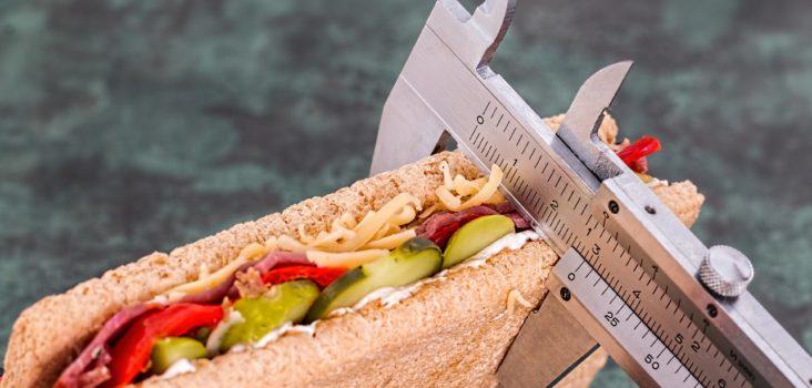 Sandwich mit Lineal
